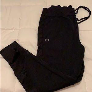 Black under armour joggers